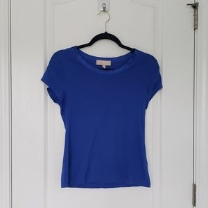 🎈 BANANA REPUBLIC Luxe touch bright blue tee